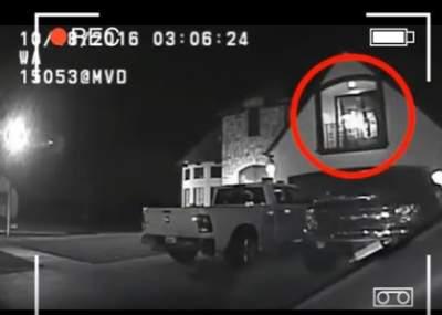 Francotirador mata a secuestrador mientras sostenía a niña de 2 años