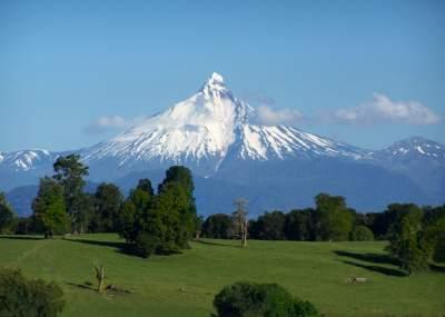 Encuentran muerto a tercer andinista extraviado en volcán Puntiagudo